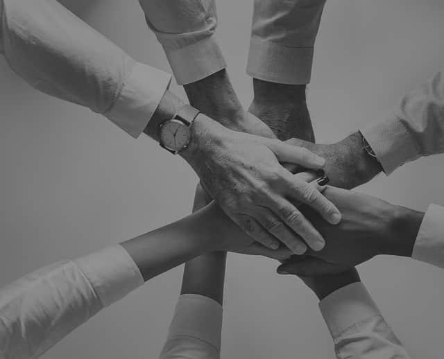 fare duplicazione nel network marketing significa unire competenze dei singoli che accrescono il gruppo - collaborazione lavoro di team